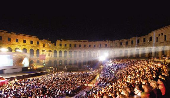 Christians together amazing grace the 39 sweet sound - Il divo at the coliseum ...