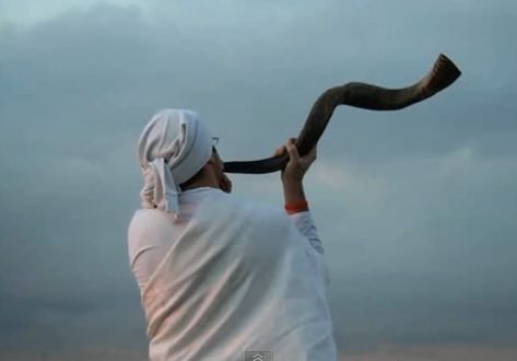 shofar being blown